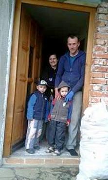 2016-02-11 Krčevljani-porodica Božić (1)